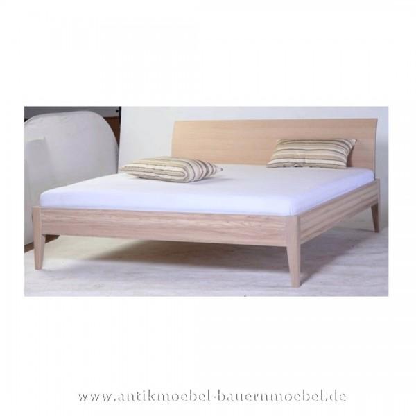 Bett Bettgestell Doppelbett Eiche 180x200 Modern weiße Vollholz Massiv Maßanfertigung