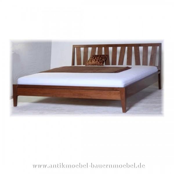Bett Doppelbett 180x200 Nussbaum Modernes Design Massiv Hartholz Lackiert Maßanfertigung