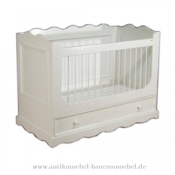 Bett Babybett Kinderbett 140x70 weiß Landhaus weiß Massivholz Bauernmöbel Lackiert Bettkasten